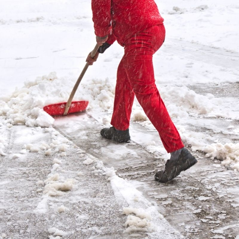 Snow removal service in Edmonton this winter