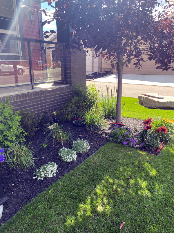 Landscaping services in Sherwood park. Land grading, softscaping, hardscaping etc