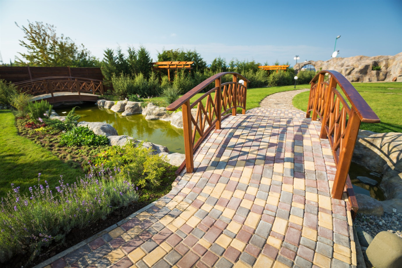 Design your walkway with the help of stone. We will help you to develop your place into beautiful garden. Tile installation service in your garden.