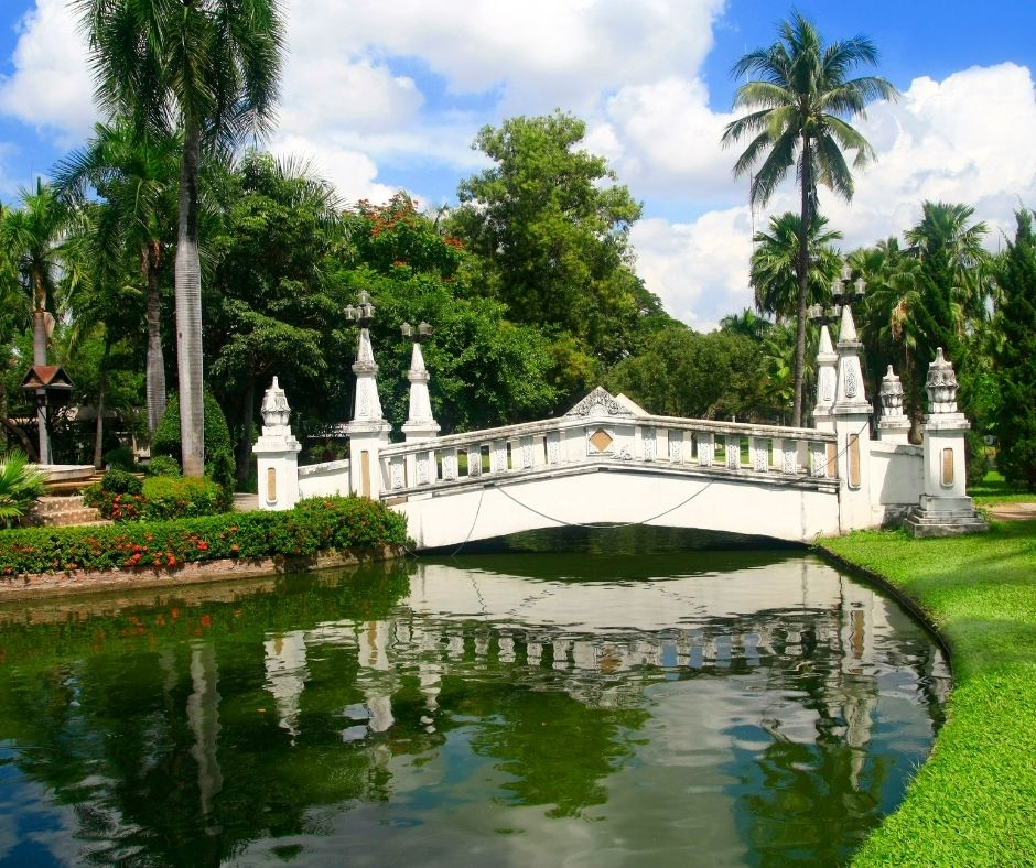Landscaping Trends in 2021: Bridges and Stepping Stones